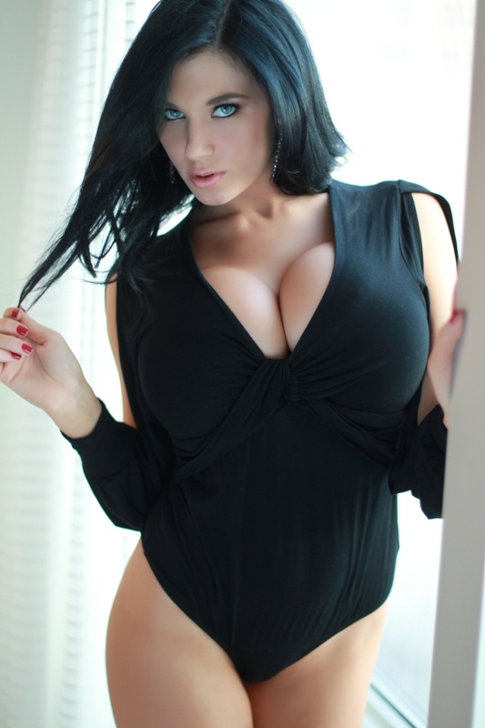 Black hair blue eyes nice tits