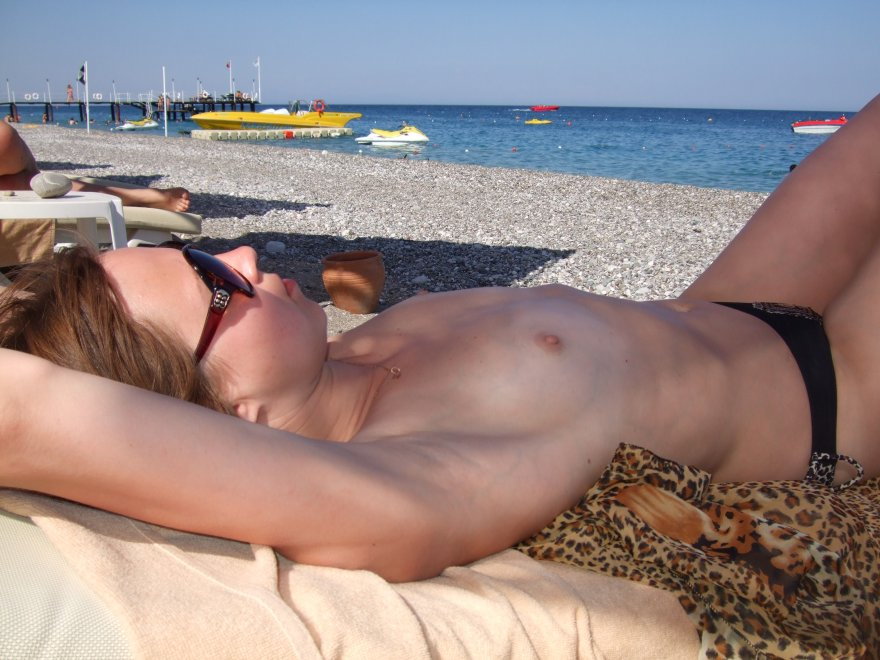 Topless on the beach Porn Photo