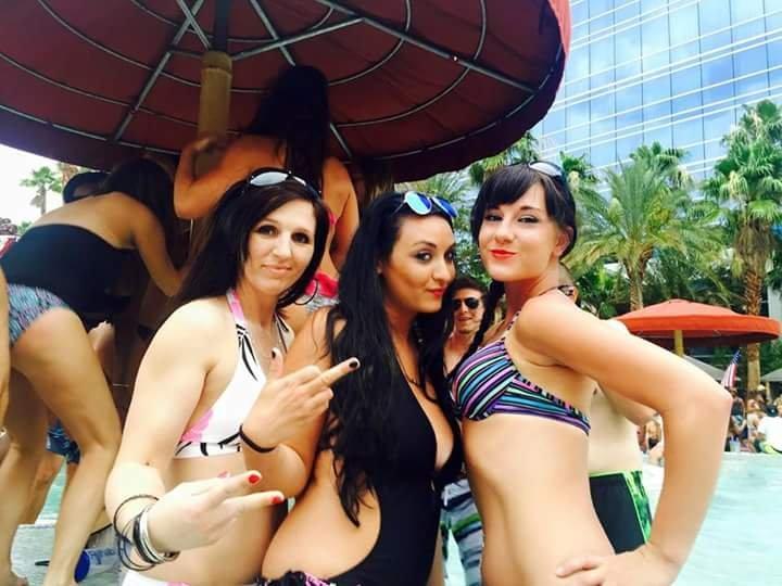 Fun in the sun! Porn Photo