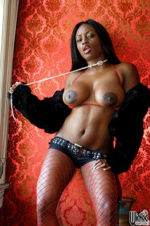 amateur photo Jada Fire