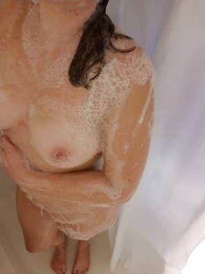 amateur photo Original ContentAll soaped up!