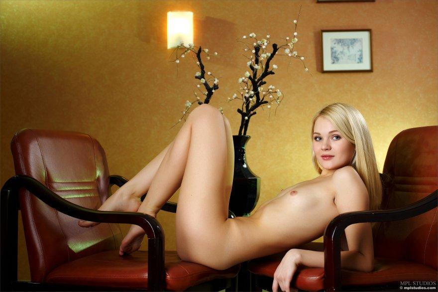 Talia Porn Photo