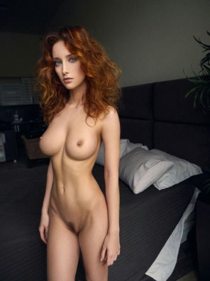 amateur photo Red-haired beauty