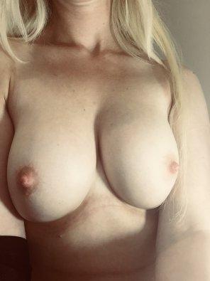 amateur photo IMAGE[Image] Tell me what u think? :)