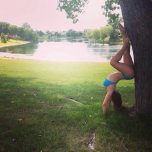 amateur photo Hottie doing handstands.