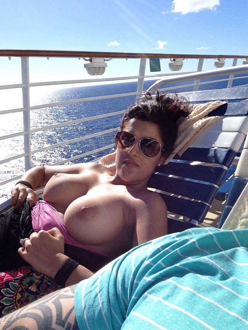 Nude cruise ship milf