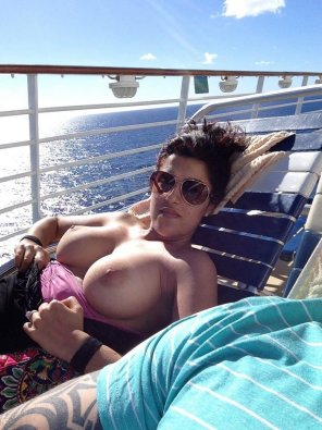 amateur photo Big boobs on a cruise ship