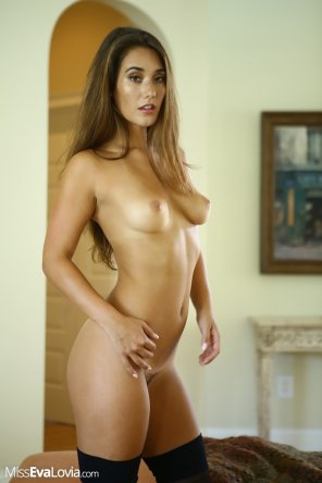 amateur photo Eva Lovia
