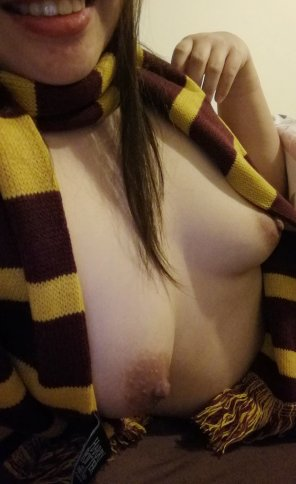 amateur photo Original ContentFor you, horny Gryffindors. [F]
