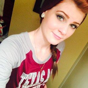 amateur photo Texan girl.
