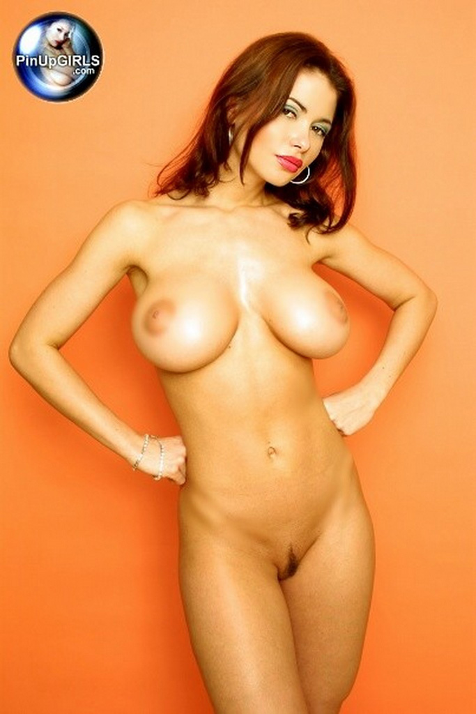 Free naked pictures normal girls
