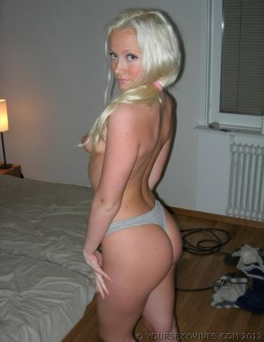amateur photo Bedroom blonde