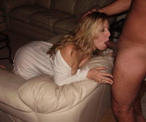 amateur photo blowjob