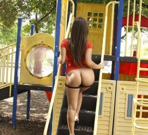 amateur photo Hot ass on brunette, panties down!