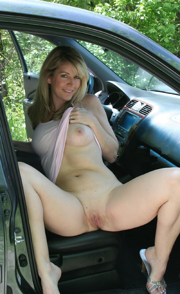 Free photo milf car