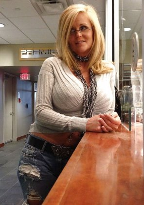 amateur photo Superb MILF