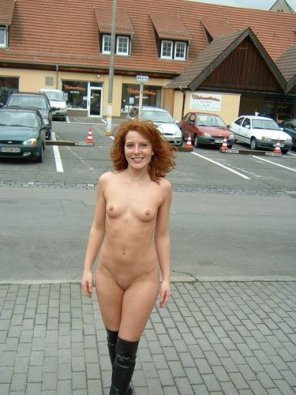 amateur photo redhead nude on a street