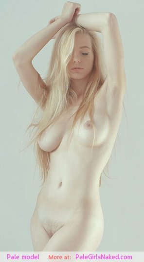 amateur photo Beautiful Pale Blonde Girl