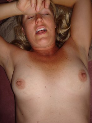 amateur photo Big Nipple Moan