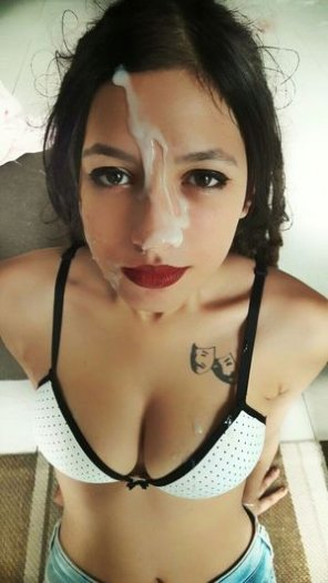 amateur photo Lipstick and cum