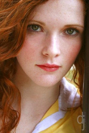 amateur photo Red hair & green eyes; Meagan Colf
