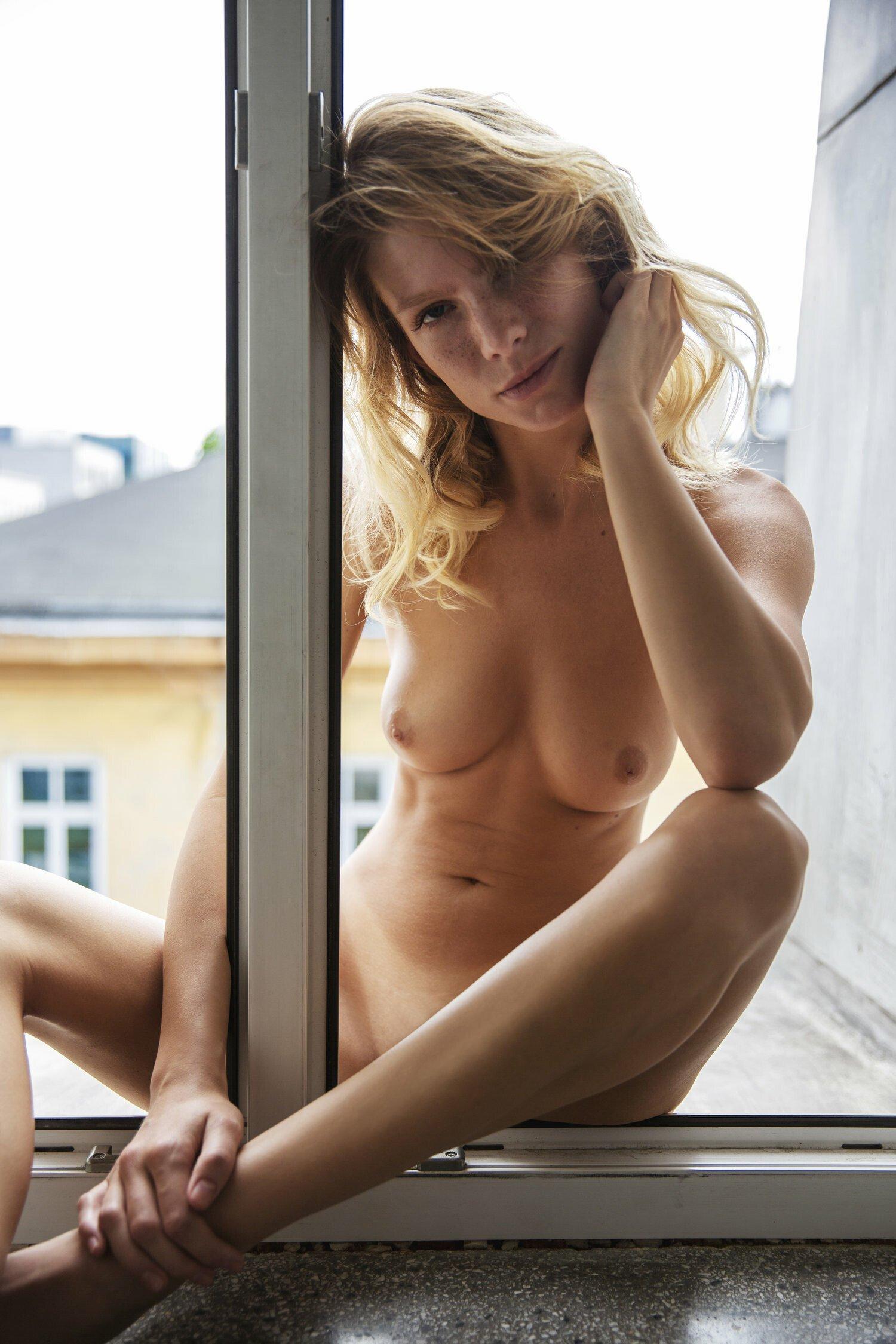 Angela Kinsey Nude angela olszewska porn pic - eporner