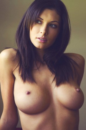 amateur photo Brunette