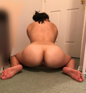 amateur photo My ass needs some love [f]