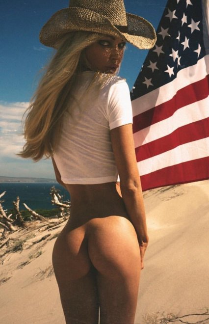 Perfect patriot Porn Photo
