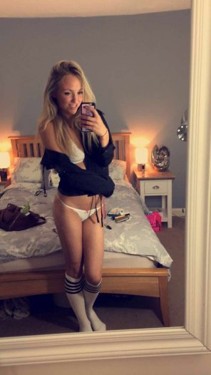 amateur photo Sexy in her socks