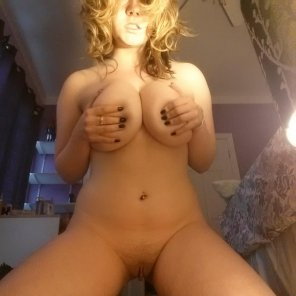 amateur photo Golden hair and pubes.