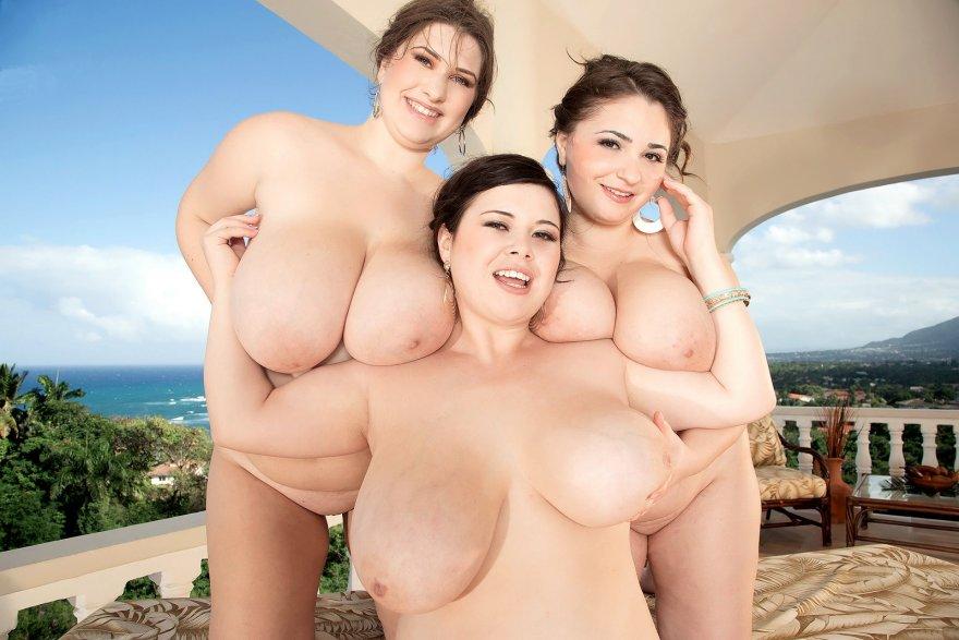 Three happy friends Porn Photo