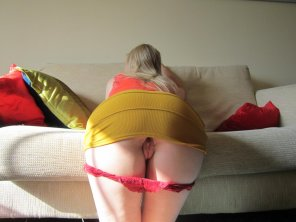 amateur photo Bent over