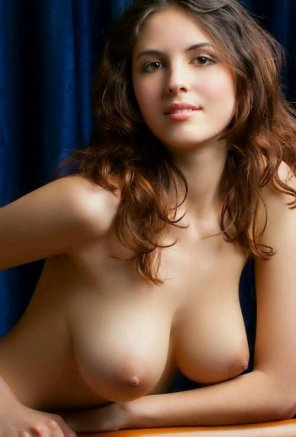 amateur photo Big white breasts