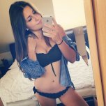 amateur photo Brunette Babe