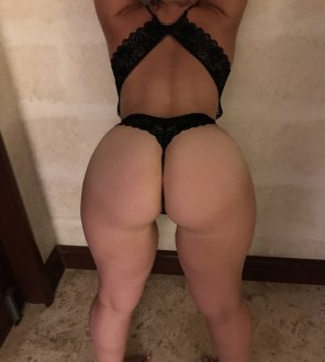 amateur photo PictureSexy wife in lingerie