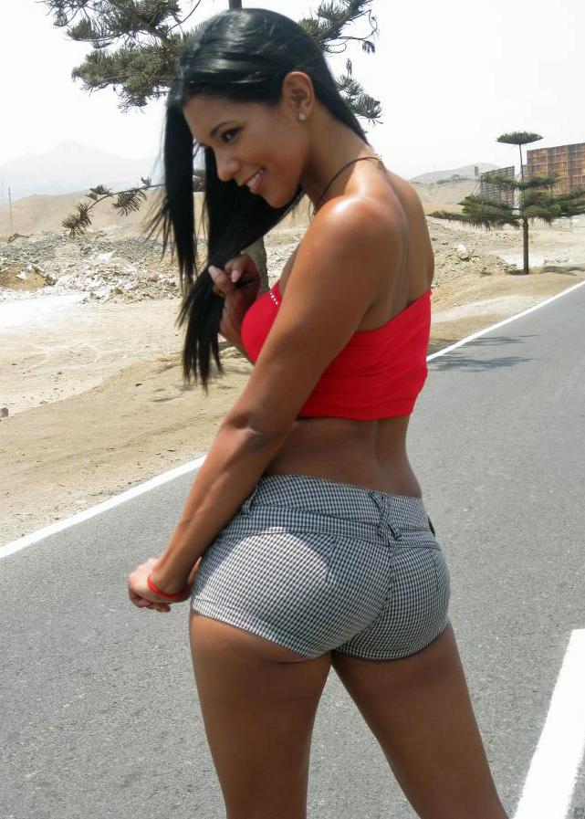 Teen Twerking Booty Shorts