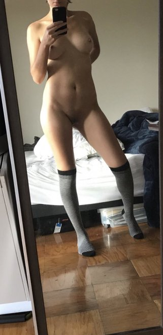 I'm shy, what would you say to me to motivate me to show myself off a little more? ;) Porn Photo
