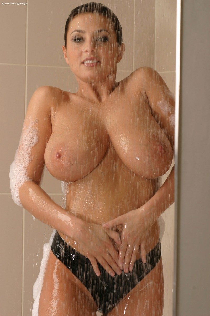 Consider, ewa sonnet nude in shower something