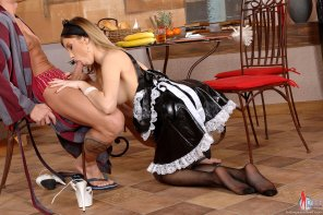 amateur photo Maid Service