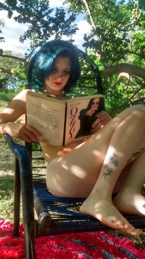 amateur photo the per[f]ect place to read a perfect book