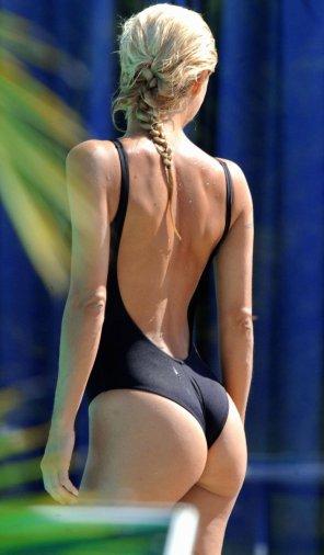 amateur photo Beautiful figure in swimsuit