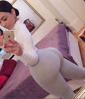 amateur photo Grey Leggings