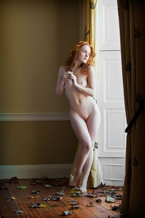 amateur photo Pale natural ginger model