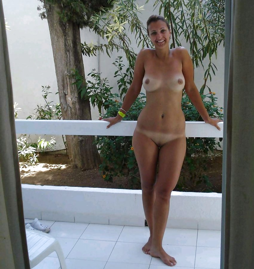 Nude wife hawaii