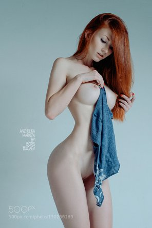 amateur photo Smooth skin, red hair