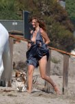 amateur photo Mischa Barton experiencing an embarrassing wardrobe malfunction