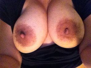 amateur photo My IndianMilf nipples