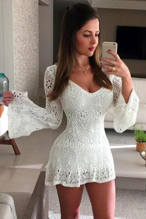 amateur photo White crochet dress