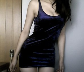 amateur photo Tight Body in Blue Velvet